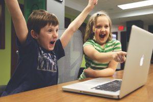 Read more about the article Sete truques para persuadir e aumentar as suas vendas por e-mail